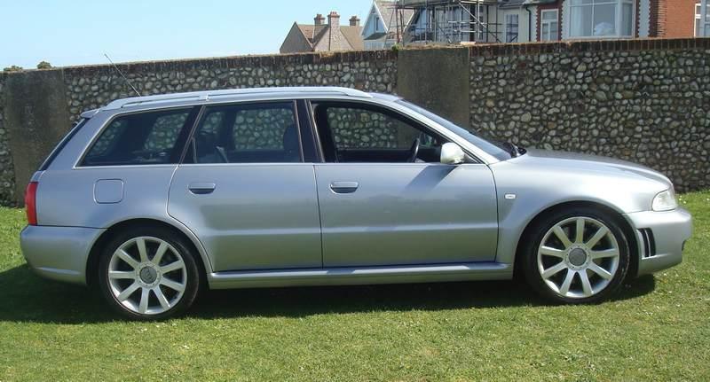Audi-RS4-X978-NKM_11