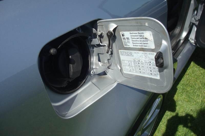 Audi-RS4-X978-NKM_2