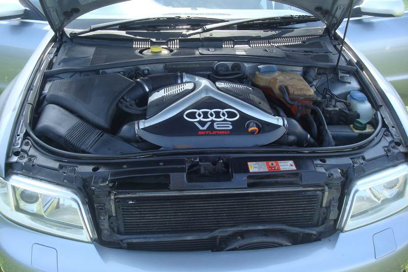 Audi-RS4-X978-NKM_7