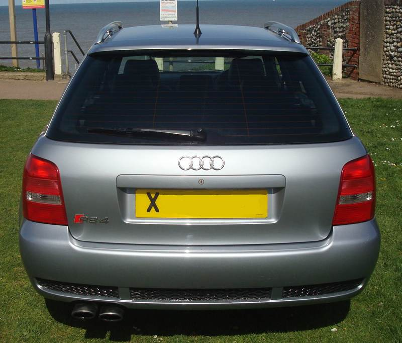 Audi-RS4-X978-NKM_8